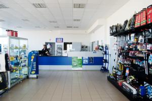 il punto vendita di parti e ricambi auto della falbo ricambi